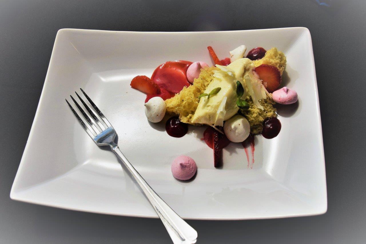 dessert at Santiam Restaurant