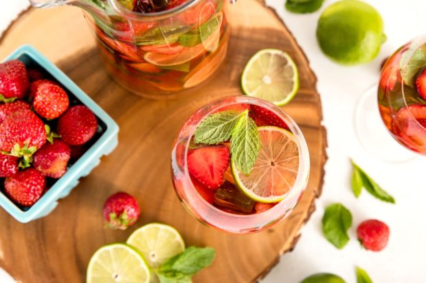 strawberry sangria recipe