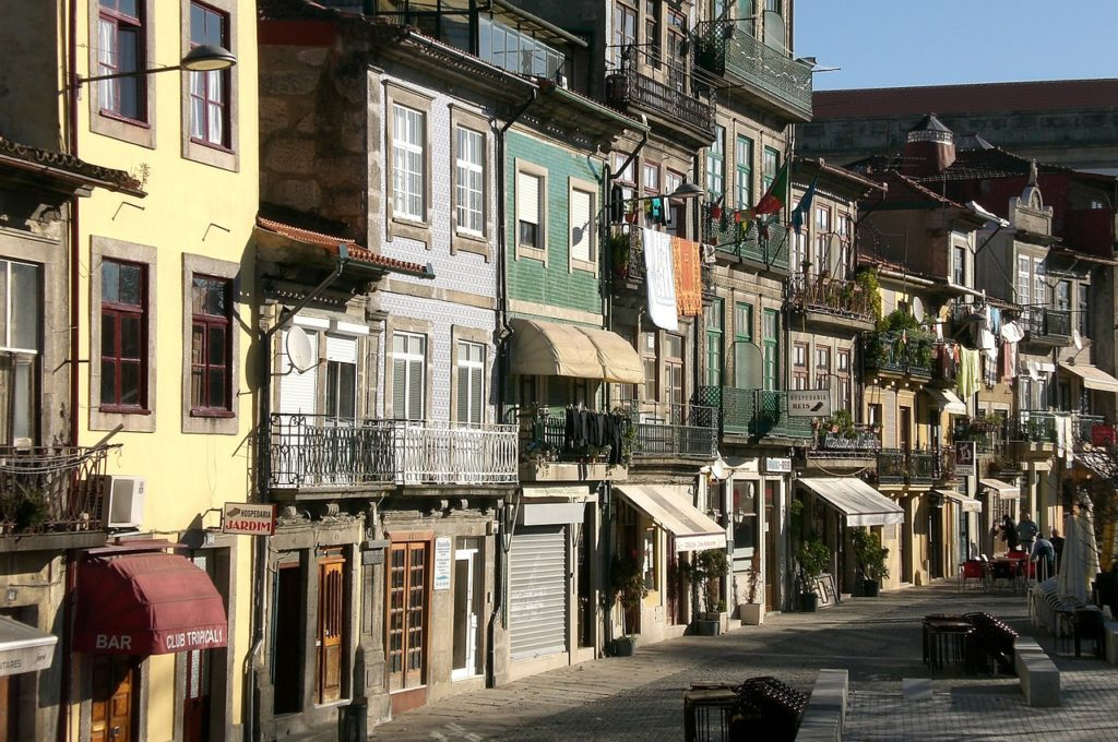homestays in portugal