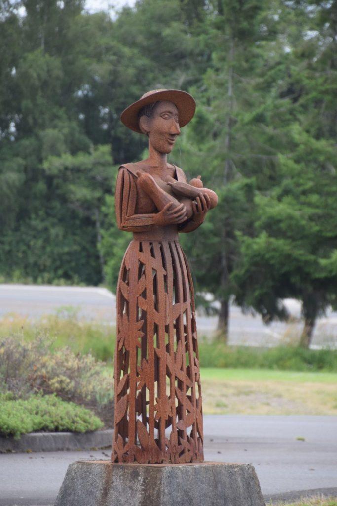 Raymond sculpture
