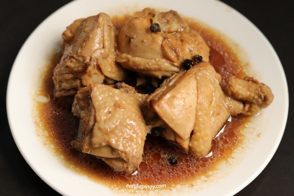 chicken adobo best Filipino dishes