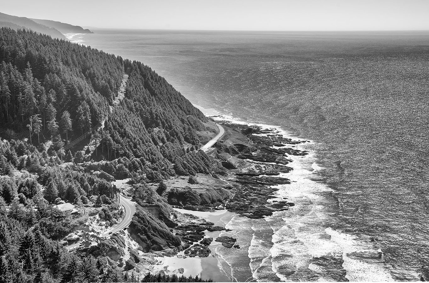 Perpetua Viewpoint photographing the oregon coast