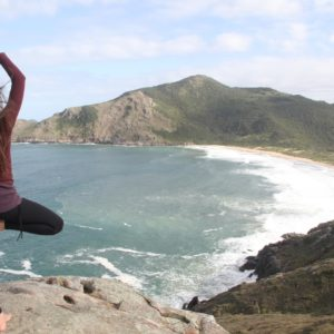 energizing yoga poses for travelers