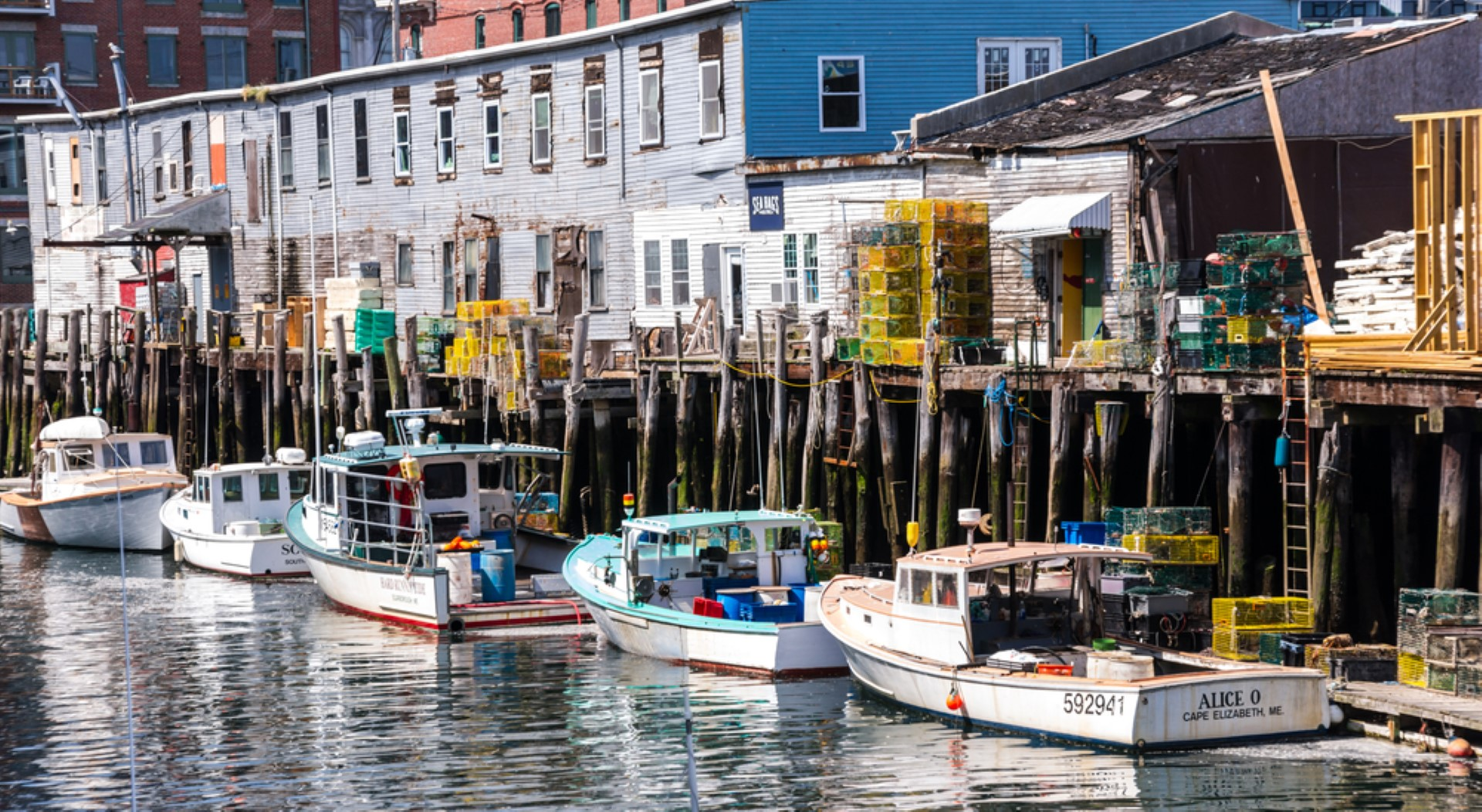 coastal cities for seafood lovers