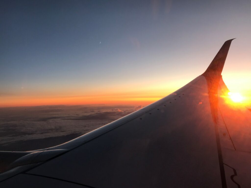 flying mental healthy while traveling