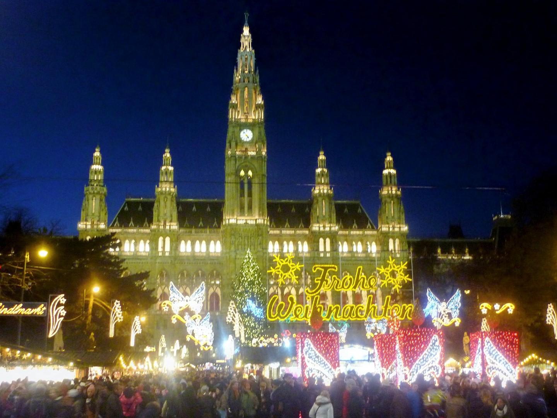 Vienna Christmas market and city hall